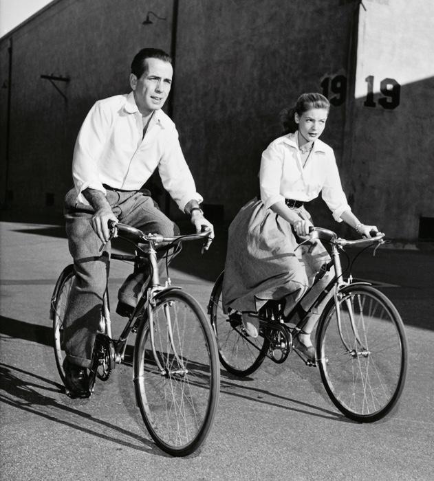 Paseando en... bicicleta con estilo vintage Inspiraciones Vintage Mercadillos Europeos Vintage