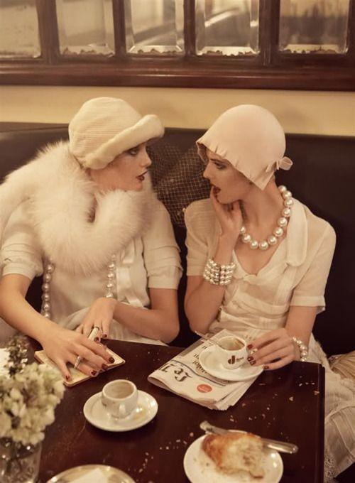 Paseando... con un sombrero vintage Inspiraciones Vintage Piezas Decó Vintage